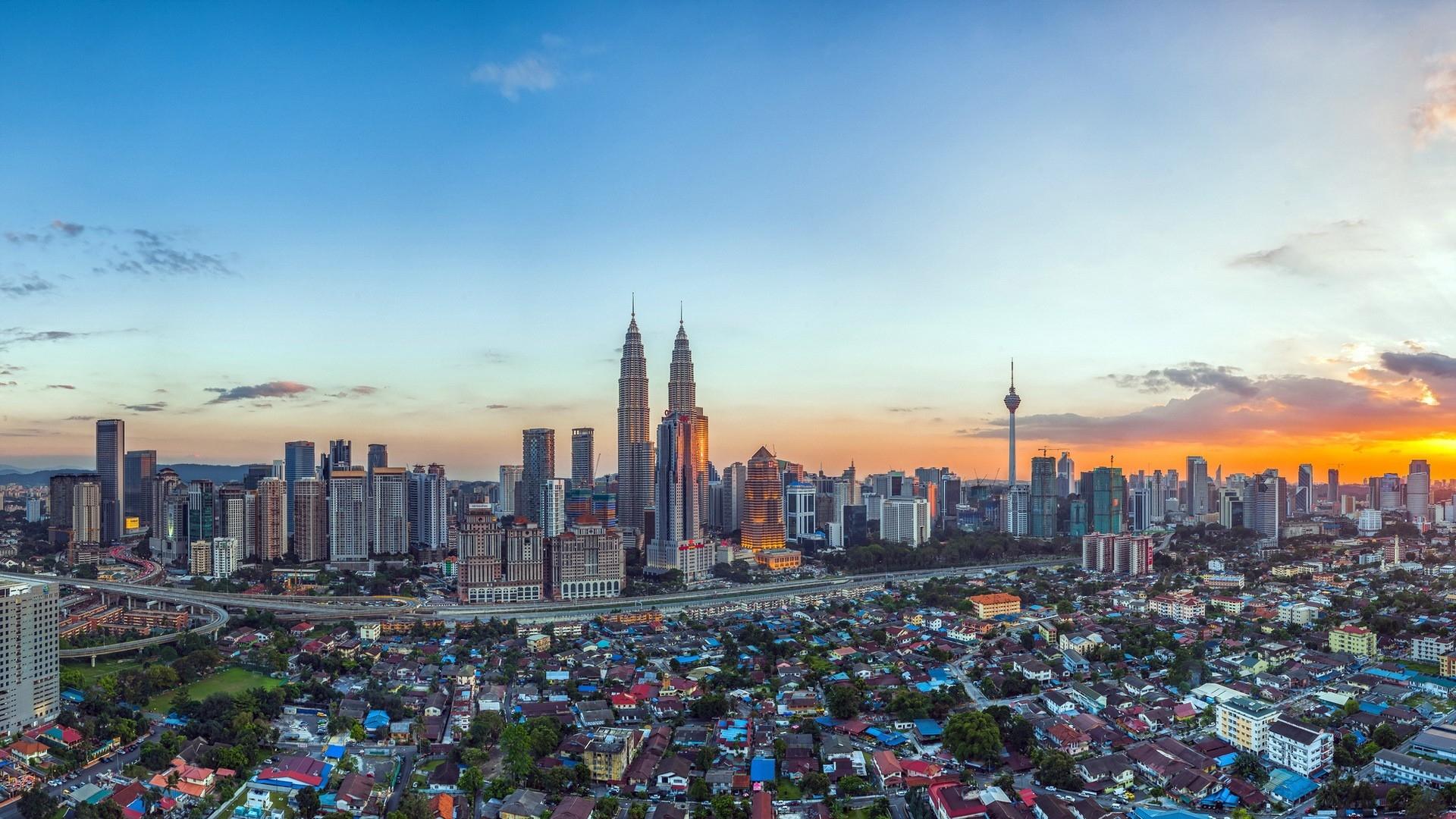 Malaysia Petronas Twin Towers Sky Top View 85517 1920x1080